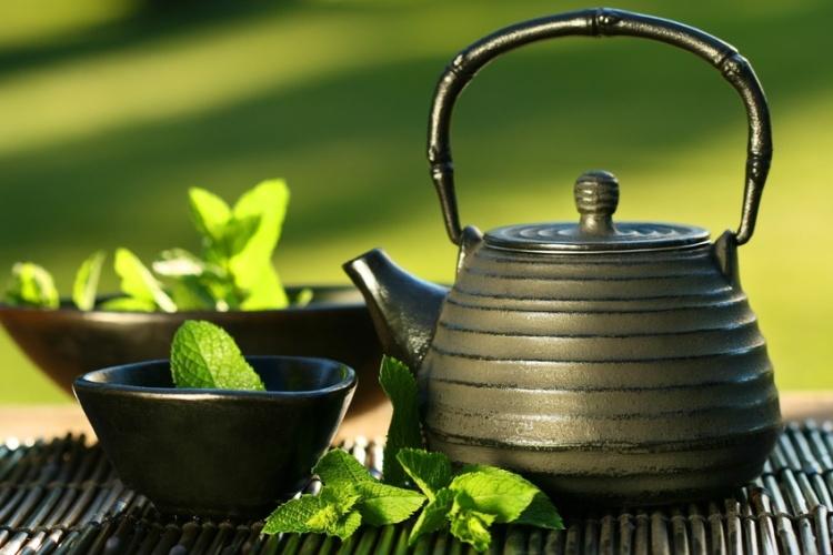 green_tea_service.jpg