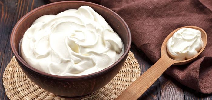 Move-Over-Greek-Yogurt-Hello-Skyr
